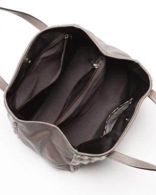 ジンコ  バッグを見る