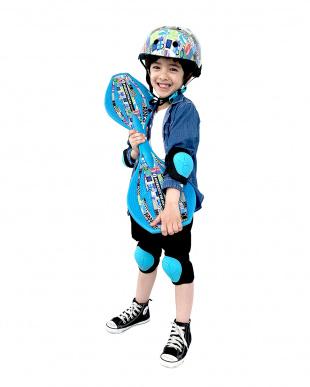 ナンバー ジュニアスポーツヘルメットを見る