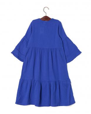 ブルー フレアスリーブ ティアード ドレスを見る