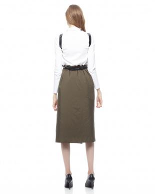 カーキ PeタフタTHINDOWNスカートを見る