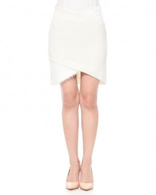 ホワイト クロスミニスカートを見る