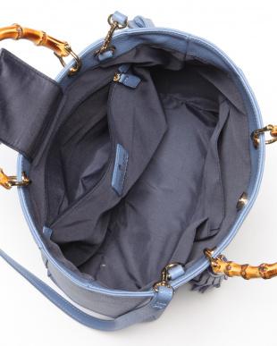 ブルー ソフトシュリンク バンブーハンドルトートバッグを見る