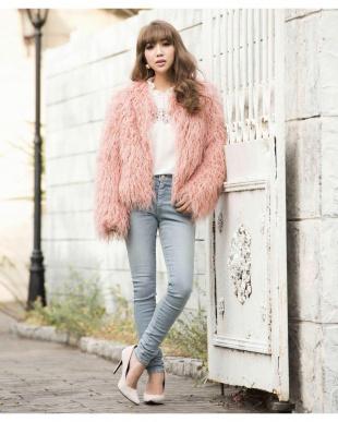 PINK fur jacketを見る