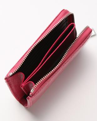 マゼンタ 財布を見る