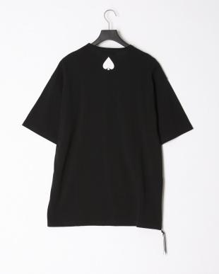 ブラック ロゴ サイドジップ クルーネック 半袖トップを見る
