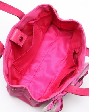 ピンク マリアンヌ トートバッグを見る