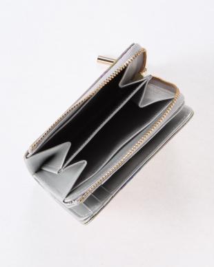 マルチ  アンプリメ 二つ折り財布を見る
