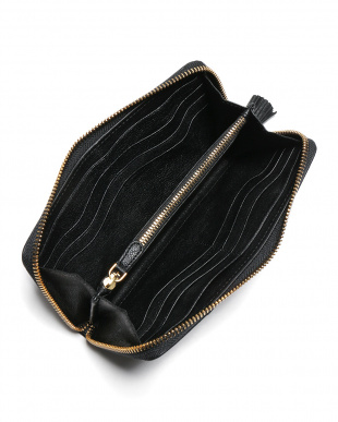 black Large Zip Round Wallet Hexagon Studsシープレザー スタッズ ラウンドジップ 長財布を見る