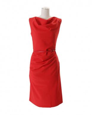 レッド ノースリーブギャザードレスを見る