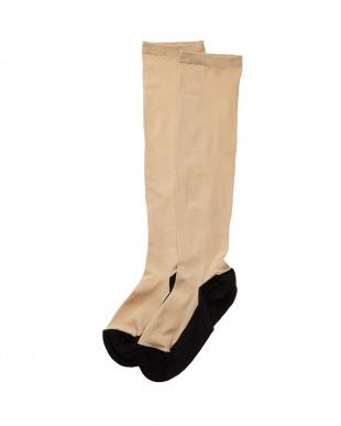 ブラック まるでストッキングを履いたような靴下 フットカバータイプ 3個セットを見る