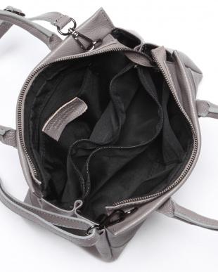 グレー バッグを見る