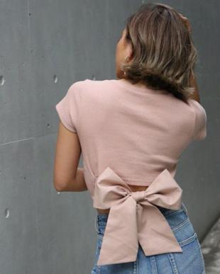 PINK BEIGE バックリボンリブTシャツを見る