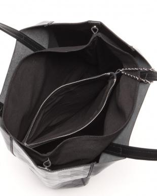 ブラック LSS トートバッグ タラを見る
