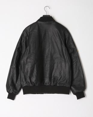 ブラック  レザー 中綿入 ワッペンジップアップ ジャケットを見る