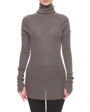 RED 17G SWG turtle neck pullovを見る