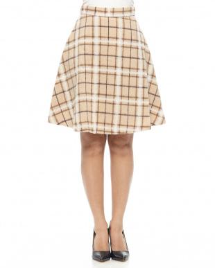 ベージュ ウール混立体シャギーフレアスカートを見る