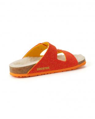 ダブルフェイスオレンジ ARIZONAダブルストラップ サンダルを見る