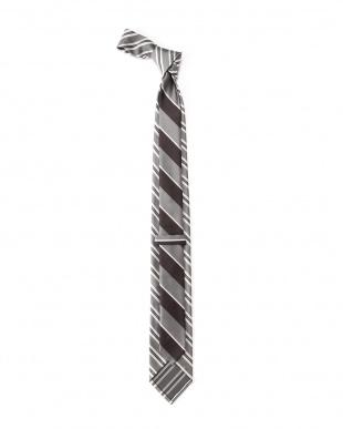 グレー ネクタイを見る