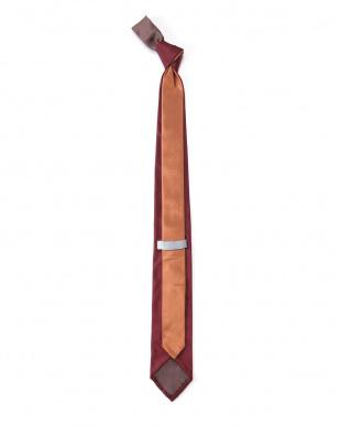 ワイン ネクタイを見る
