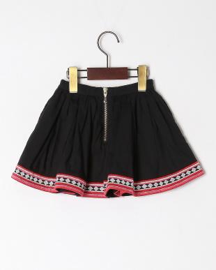 クロ  broadcloth skirtを見る