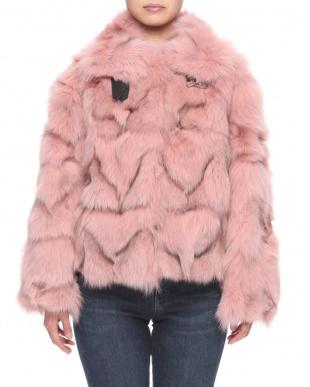 ピンク フォックスジャケットを見る