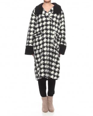 ブラック/ホワイト イタリア製ウール混コートを見る