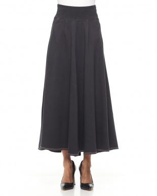 98/無彩色I(ブラック) ニットデニムマキシスカートを見る
