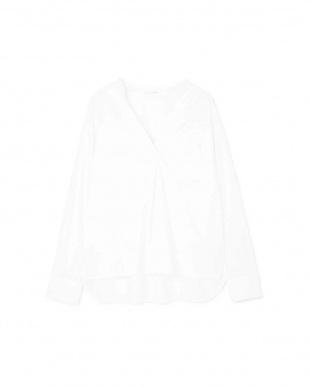 ホワイト ◆シルキーコットンスタンドスキッパーシャツ PINKY & DIANNEを見る