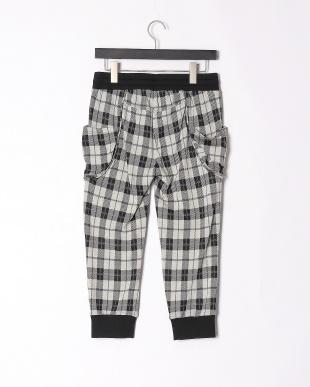 91/無彩色B(オフホワイト) 格好可愛いチェック柄パンツを見る