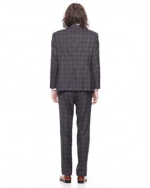 グレー  シルク混 チェック柄 ノッチドラペル スーツを見る