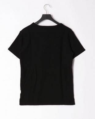ブラック pile v cut t-shirtを見る
