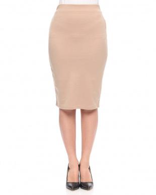 オレンジ カットタイトスカートを見る
