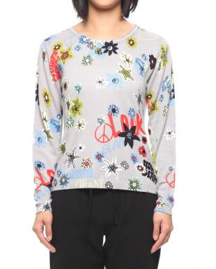 グレー フラワープリントセーターを見る