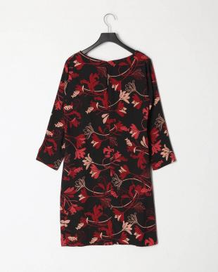 524 ドレスを見る
