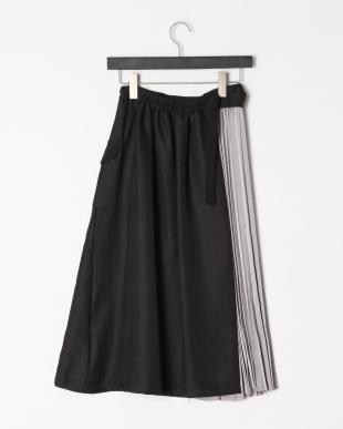 クロ プリーツアシメドッキングスカートを見る