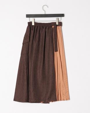 ブラウン プリーツアシメドッキングスカートを見る