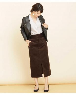D.ブラウン2 ハイライズコーデュロイスカート ナノ・ユニバースウィメンズ(オリジナル)を見る