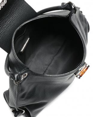 ブラック カーフスキン  バンブーバックル 2WAY バッグを見る