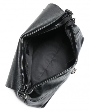 シャイニーブラック シャイニーカーフスキン  2WAY バッグを見る