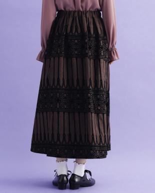 ブラウン ゴシック柄フロッキープリントスカート2977-0903を見る