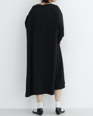 ブラック フラワー織り柄ワンピース2287-1106を見る