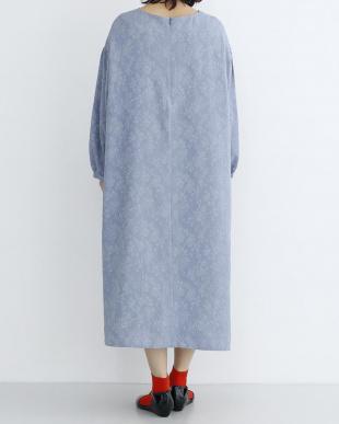 ブルー フラワー織り柄ワンピース2287-1106を見る
