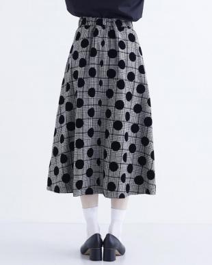 ブラック フロッキードットAラインスカート2315-1016を見る
