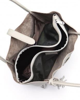 OW Tote Bagを見る
