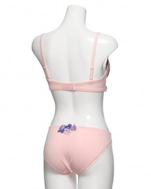 ピンク ブラ&ショーツを見る