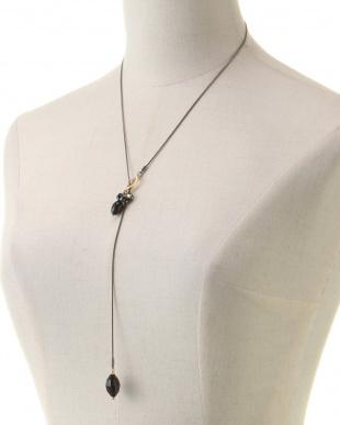 ブラック/ゴールド ブラックヴィンテージスワロフスキーストーンドロップ Yスタイルネックレスを見る
