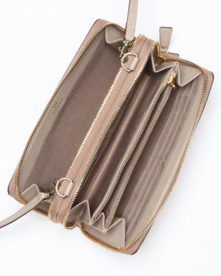 グレージュ 角シボ型押し・お財布ショルダーバッグ CLASSICO クラシコを見る