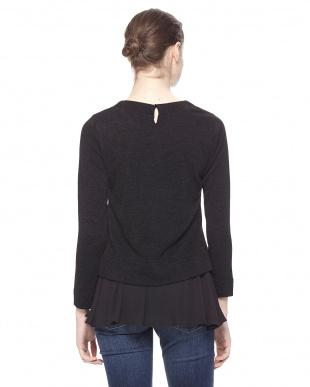 98/無彩色I(ブラック) マシュマロタッチ裾フリルプルオーバーを見る