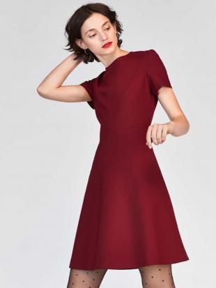 ブラック セミフレアデザインドレス TARA JARMONを見る