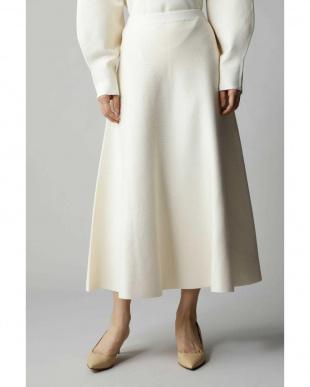 ホワイト1 ロングフレアースカート アナディスを見る